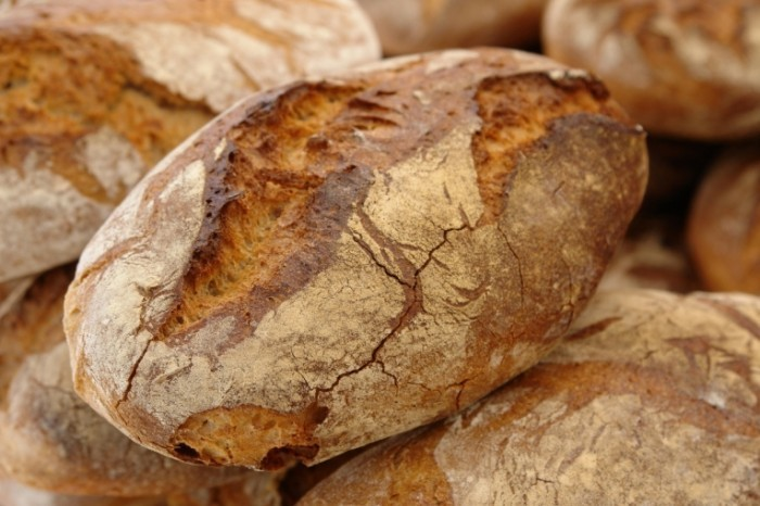 346 entete fotolia 30711327 m 700x466 Свежий хлеб   Fresh bread