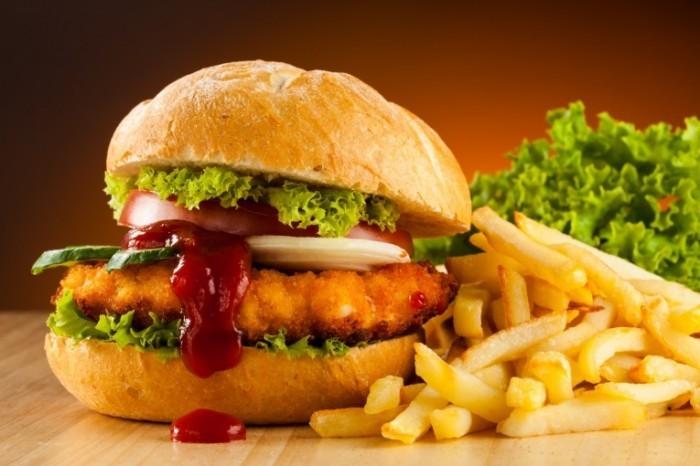 Fotolia 40246031 Subscription XXL 700x466 Фастфуд   Fast Food