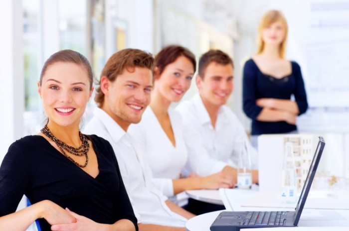 businesswoman fotolia 700x464 Команда бизнесменов   Business team