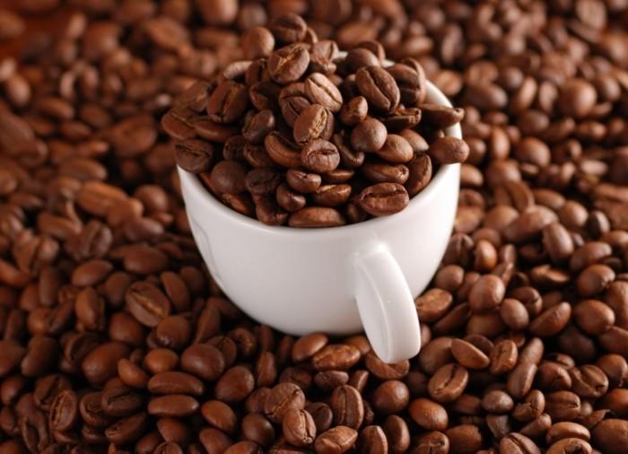 fotolia 3765953 m 700x506 Зерна кофе   Coffee beans