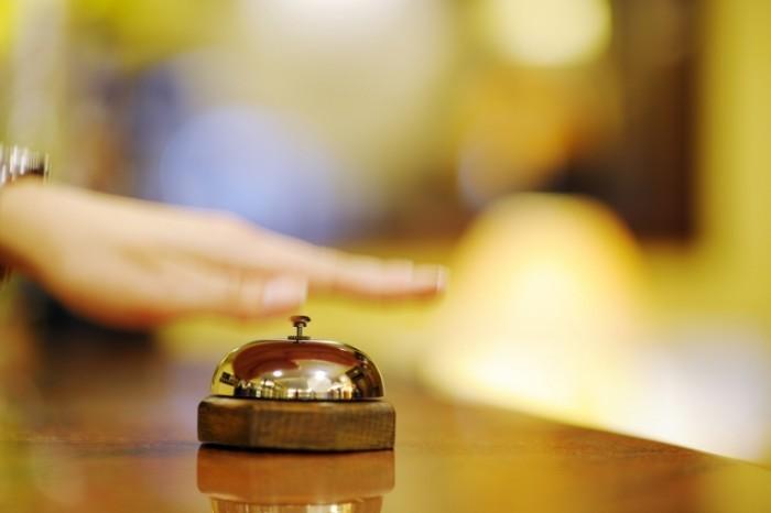 photodune 2561622 700x466 Ресепшн отеля   Receptionist hotel