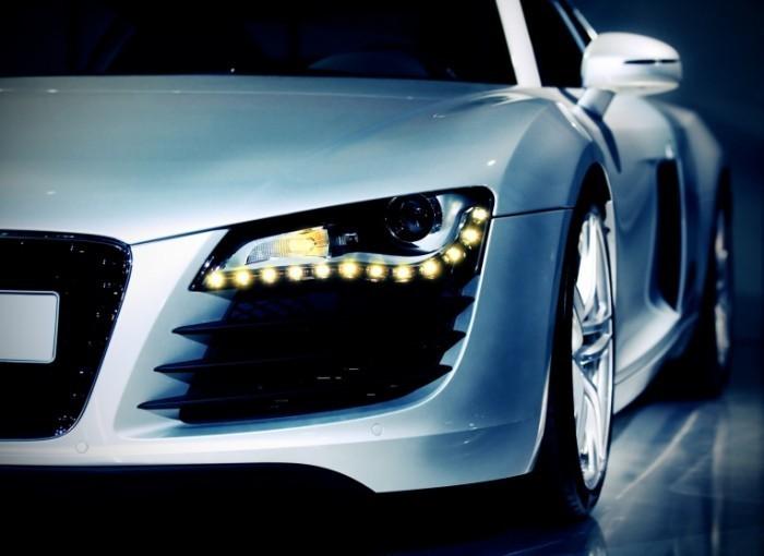 photodune 2640968 700x510 Немецкое роскошное спортивное авто   German luxury sport car