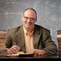 Преподаватель за книгами - Teacher for books