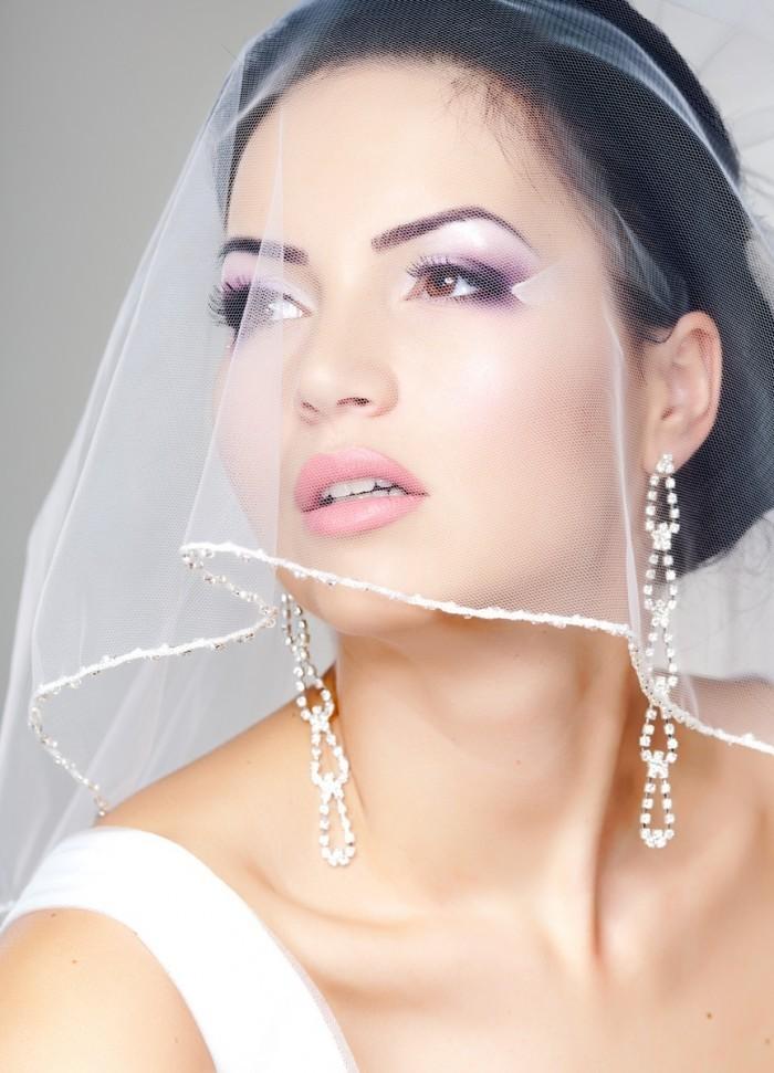 photodune 4006917 700x971 Невеста с фатой   Bride with veil