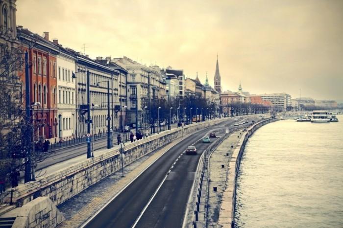 photodune 4839295 700x466 Улица Будапешта   Street Budapest