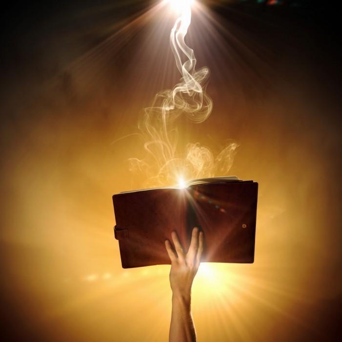 photodune 5584414 700x700 Магическая книга   Magic book