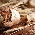 Свежий черный хлеб - Fresh brown bread