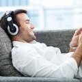 Парень в наушниках - Man in headphones
