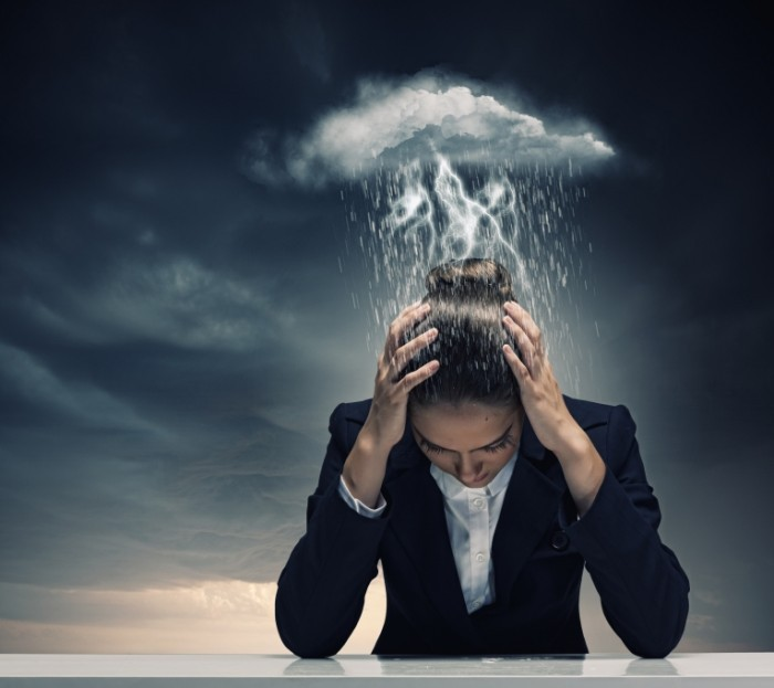 Fotolia 59590226 Subscription XL 700x623 Гроза над головой   Storm over the head