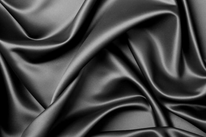 Fotolia 6803652 XL 700x466 Черная ткань   Black cloth