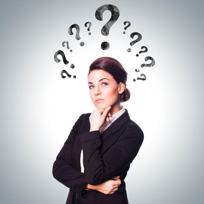 fotolia 53589189 700x700 Деловая женщина с вопросами   Business woman with questions