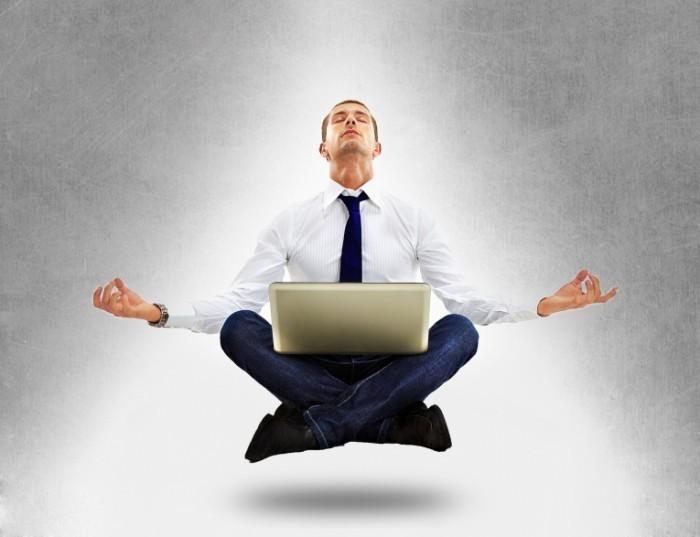 Fotolia 44449413 L 700x537 Медитация за ноутбуком   Meditation for laptop