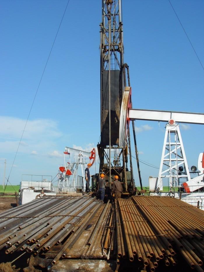 shutterstock 1065231 700x933 Строительство   Construction