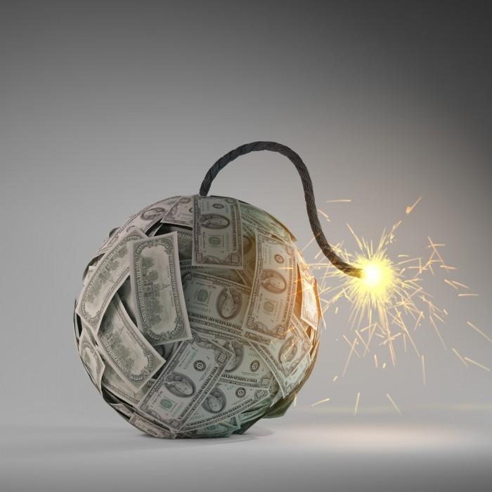 shutterstock 112959457 700x700 Граната из денег   Grenades of money