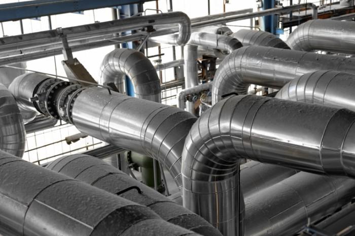 shutterstock 139671280 700x466 Железные трубы   Iron pipes