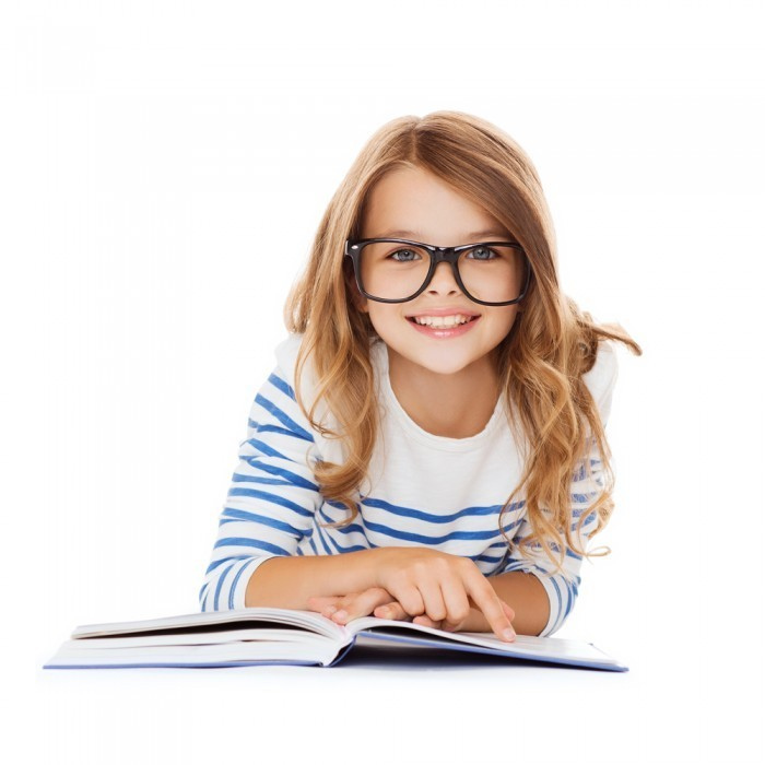 shutterstock 164480216 700x700 Девочка в очках за книгой   Girl in glasses with a book
