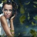 Девушка с перьями - Girl with feathers