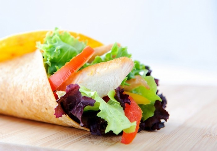 shutterstock 99940772 700x487 Лаваш с овощами   Pita bread with vegetables
