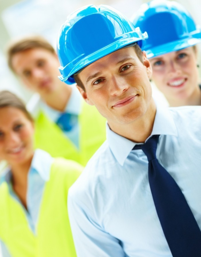 Depositphotos 3300465 original1 700x894 Команда строителей   Team builders