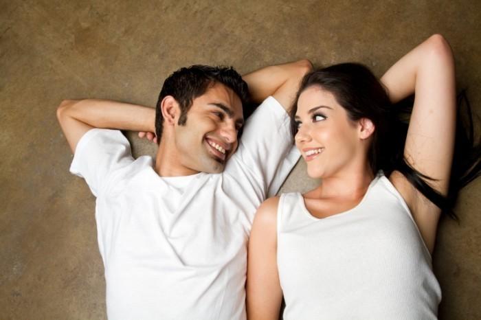 Fotolia 24066626 Subscription Monthly XXL 1 700x466 Счастливая пара   Happy couple