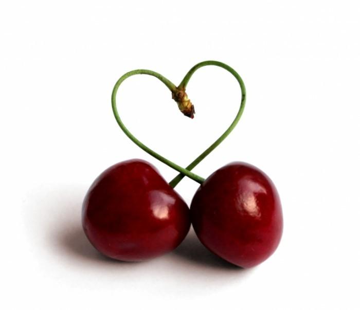 Fotolia 3766121 Subscription L cailiegeridotta 700x603 Вишня   Cherry