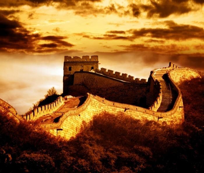 depositphotos great wall badaling 2 700x593 Замок в закат   Castle at sunset