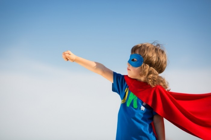 fotolia 53501567 subscription monthly xxl 700x466 Мальчик супермен   Boy superman