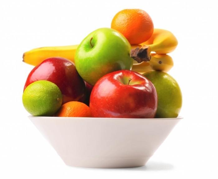shutterstock 48171136 700x573 Тарелка фруктов   Plate of fruit