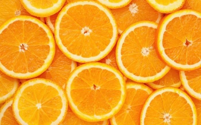shutterstock 80947186 700x435 Апельсины   Oranges