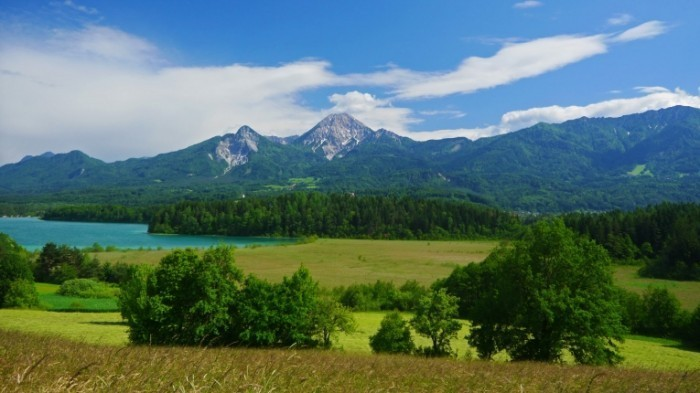 stock footage summer mountain lake landscape forstsee austria time lapse 700x393 Пейзажи Австрии   Landscapes Austria