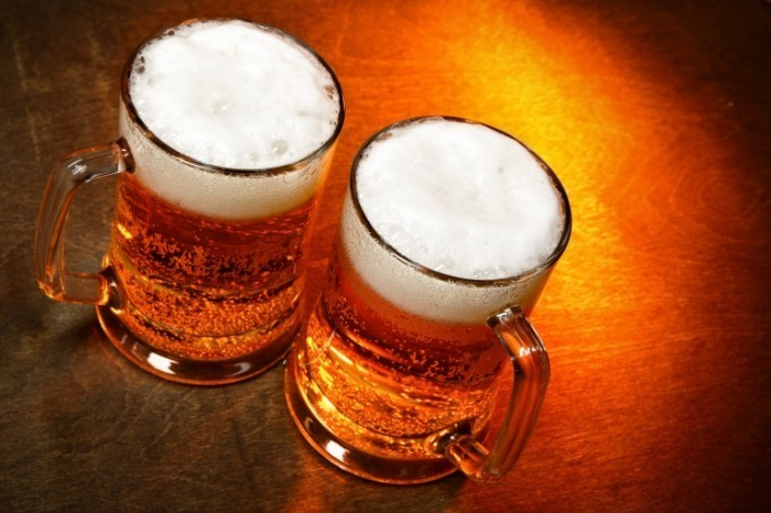 Fotolia 15235002 Subscription XXL 700x466 Бокалы пива   Glasses of beer