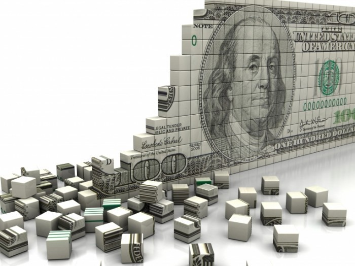 Fotolia 43848672 Subscription XXL 700x524 Доллар из кубиков   Dollar from cubes
