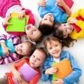 Дети с книжками - Children with books