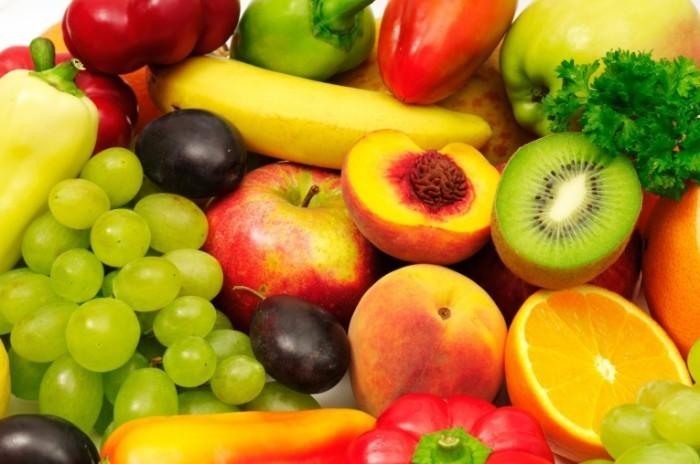 Fotolia 46376140 M 700x464 Вкусные фрукты   Tasty fruit