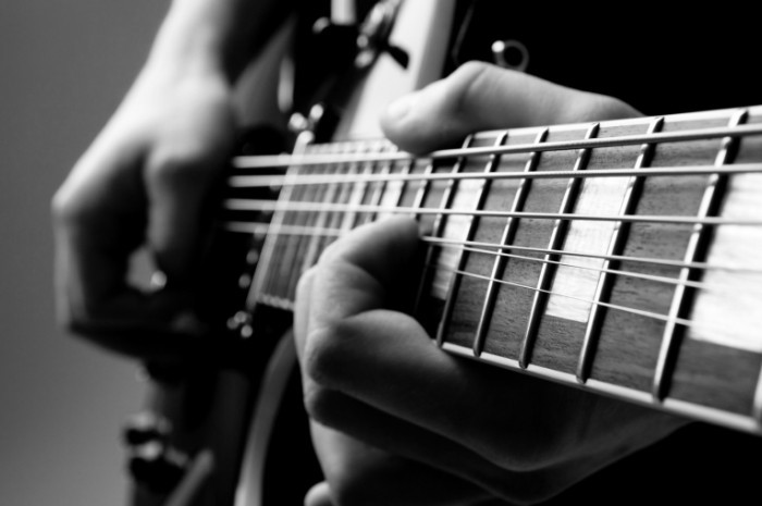 fotolia 49782561 m 700x465 Гитара   Guitar