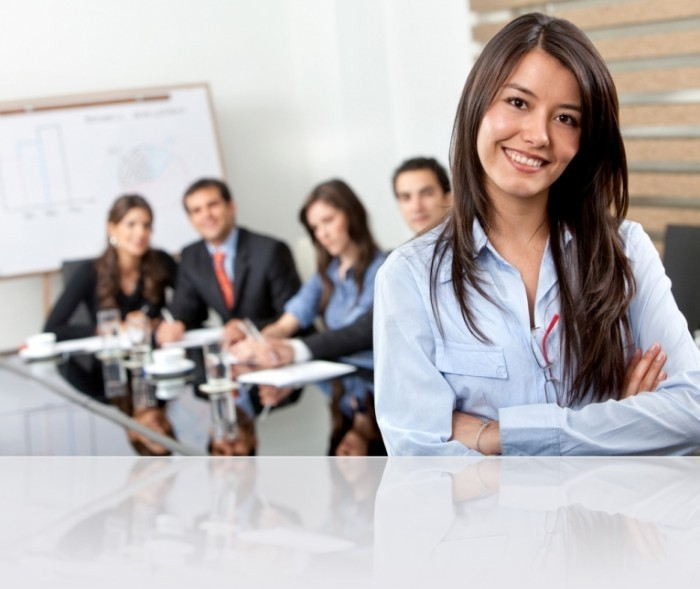 shutterstock 47025955 modified 2 700x589 Бизнес команда   Business team