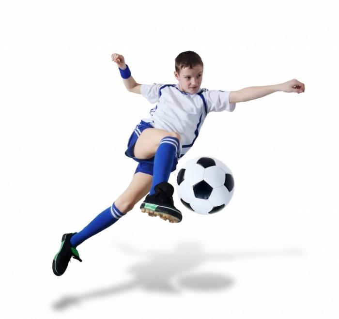 shutterstock 51588526 700x659 Футболист с мячом   Soccer player with ball