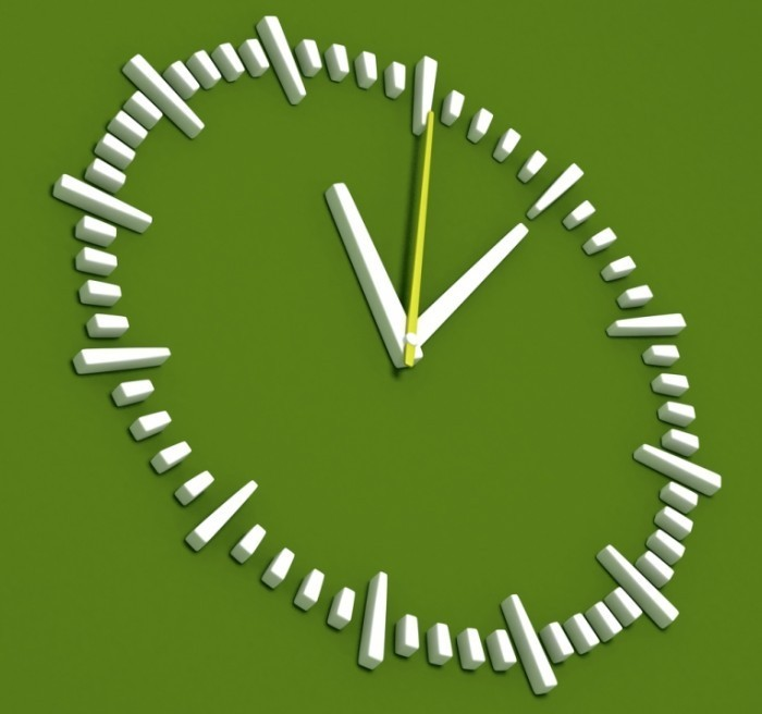 shutterstock 75844396 700x656 Часы   Watch