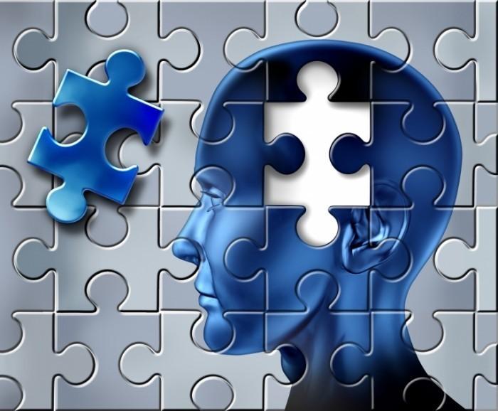 shutterstock 75977116 DS 700x578 Голова из пазлов   Head of puzzles