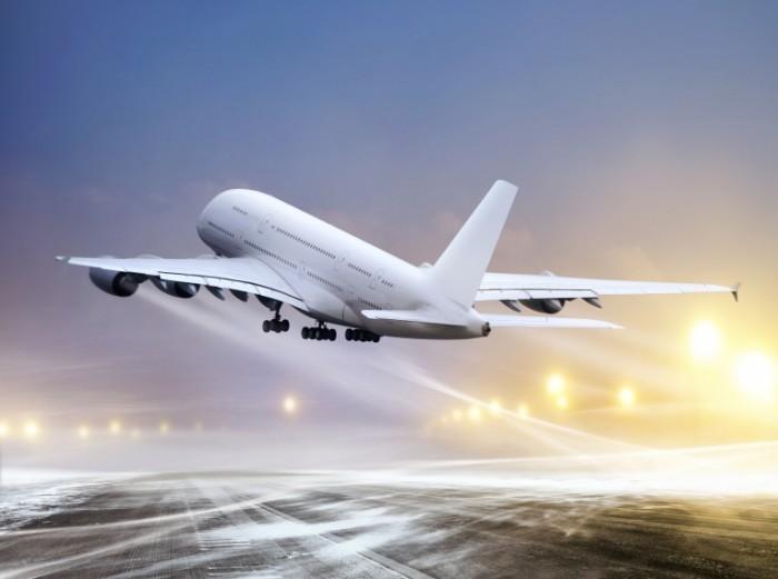 shutterstock 94244692 700x521 Самолет   Plane