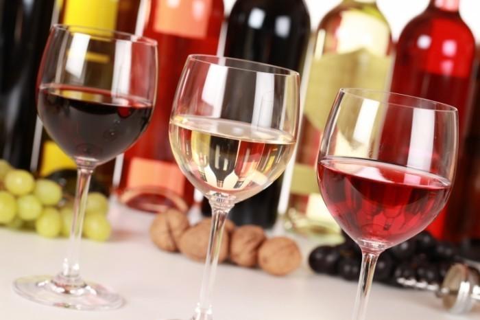 Fotolia 45368741 Subscription XXL 700x466 Вина   Wines