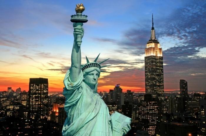 Fotolia 5681513 M 700x463 Статуя свободы   Statue of Liberty