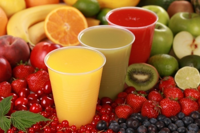 shutterstock 2014 700x466 Фрукты и соки   Fruits and juices