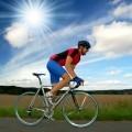 Велосипедист на природе - Cyclist on the nature