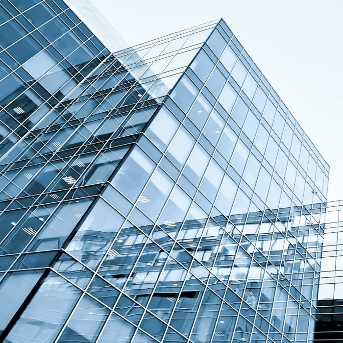 shutterstock 77930680 700x700 Стеклянный небоскреб   Glass skyscraper