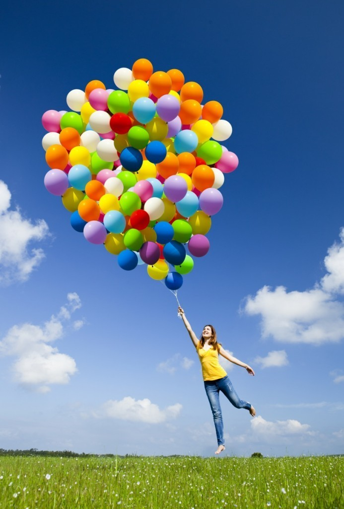 shutterstock 78240712 693x1024 Девушка с воздушными шарами   Girl with balloons