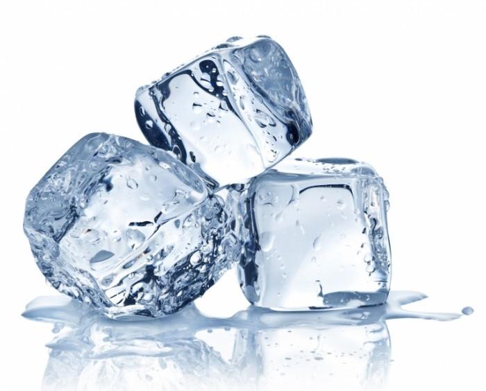 shutterstock 95116573 700x564 Лед в кубиках   Ice cubes