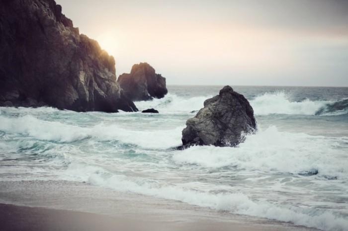 unsplash 528c31f66181e 1 700x465 Морской прибой   Sea surf