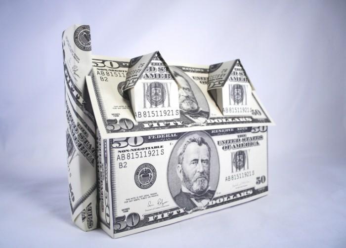 url1 700x502 Дом из денег   House made of money