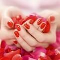 Руки с маникюром - Hands with manicure
